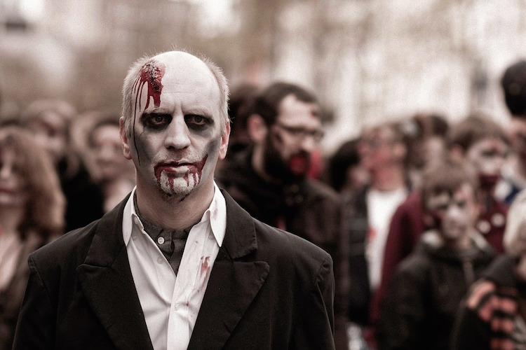 25 Essentials for Surviving a Zombie Apocalypse