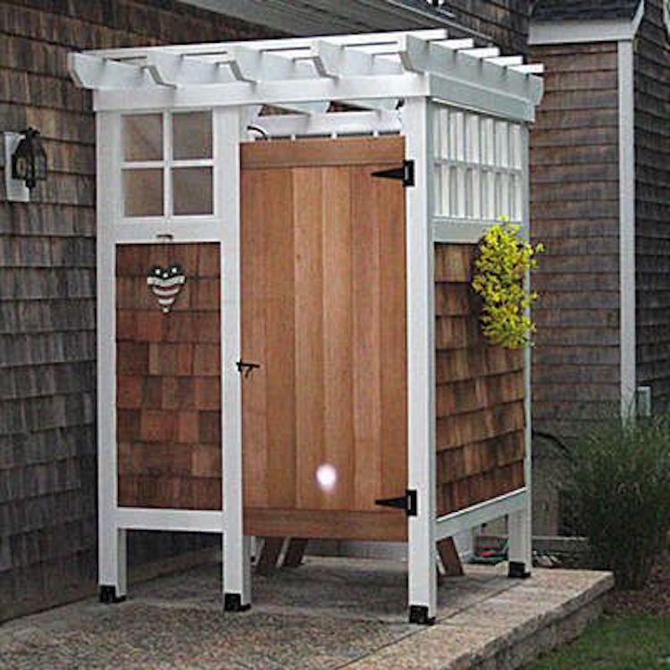 How To Build An Outdoor Bathroom: 10 Brilliant Outdoor Shower Fixtures You Can Make Yourself