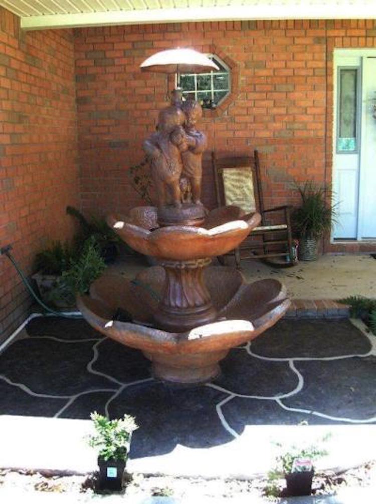 Non Functional Fountain