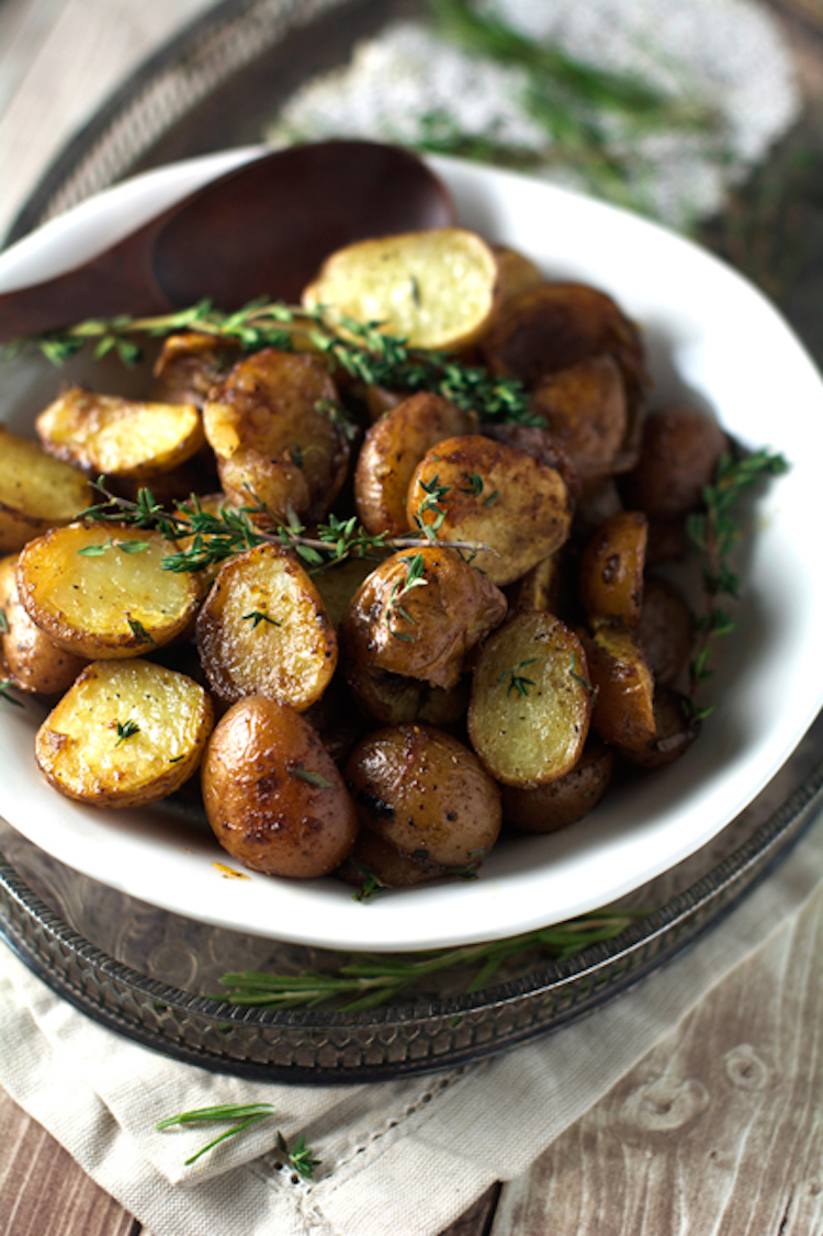 Balsamic honey roasted potatoes this potato recipe combines both sweet and salty flavors into one dish ideahacks forumfinder Choice Image