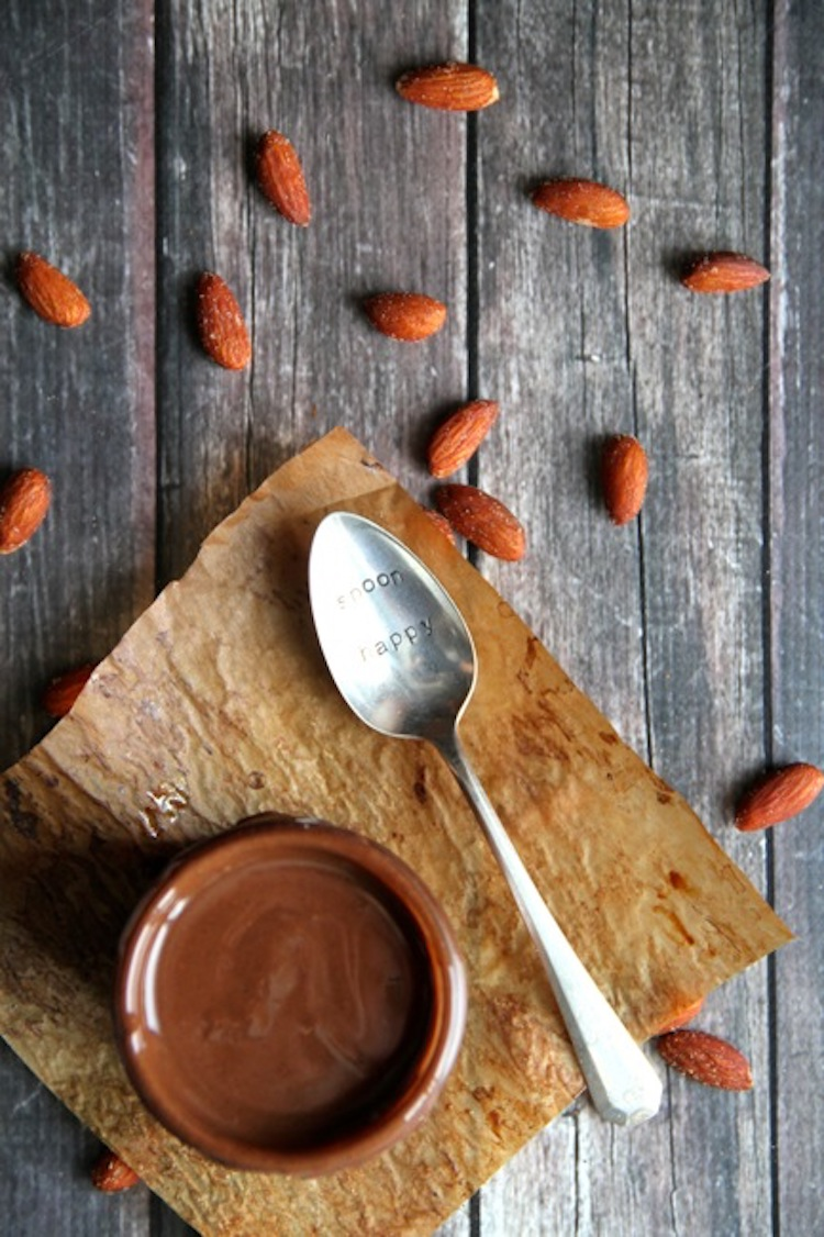 This is a chocolate almond butter topping that is packed with delicious flavor.   Ideahacks.com