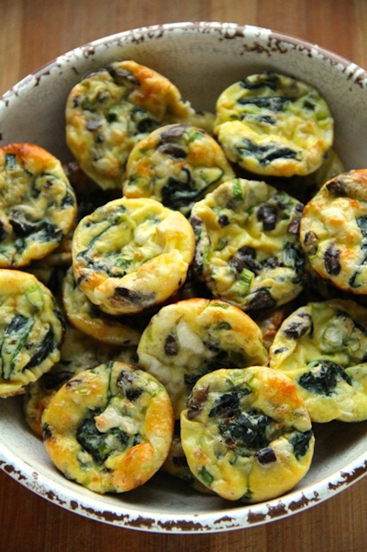 Whip up a batch of irresistibly cute two-bite frittatas. Healthy appetizer recipe   Ideahacks.com
