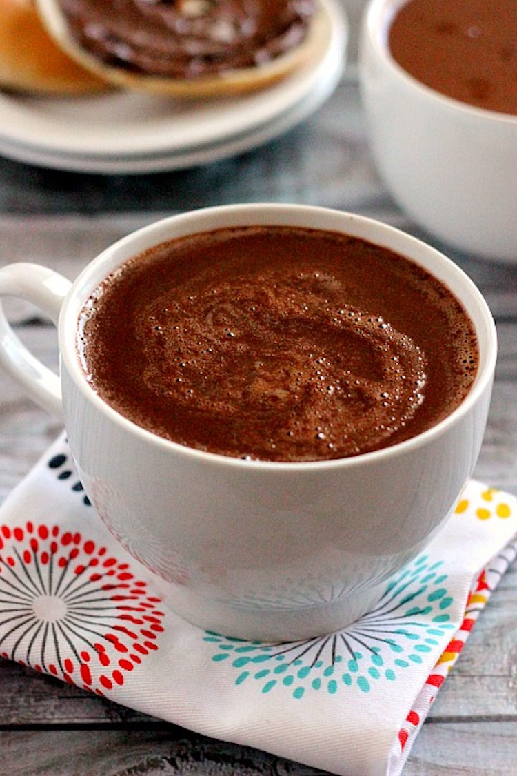 Smooth, creamy, and bursting with flavor, this Nutella Hot Chocolate is the perfect warm you up and wow your taste buds. | Ideahacks.com