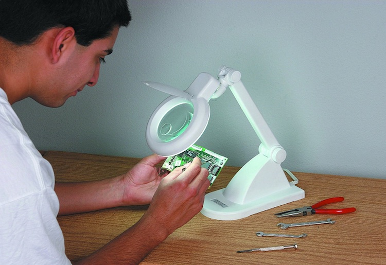 Best Magnifying Lamps