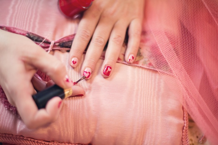 10 Ways to Keep Your Nails Looking Absolutely Stunning