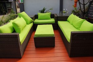 <thrive_headline click tho-post-4876 tho-test-281>15 Customizable DIY Outdoor Furniture Ideas To Help Transform Your Garden</thrive_headline>