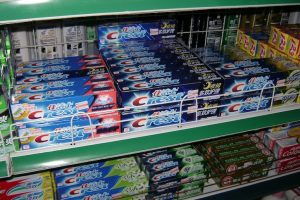 10 Reasons Why Your Store Bought Toothpaste Might Be Filled With Dangerous Ingredients