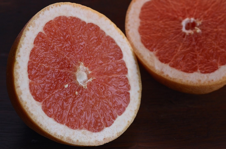 14 Fruitful Uses of Grapefruit Essential Oil That Will Benefit Your Life