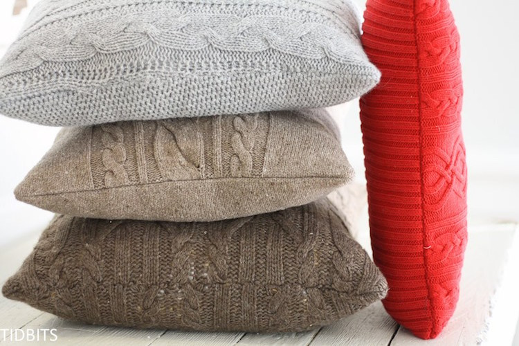 Re-Pursed Sweater Pillows