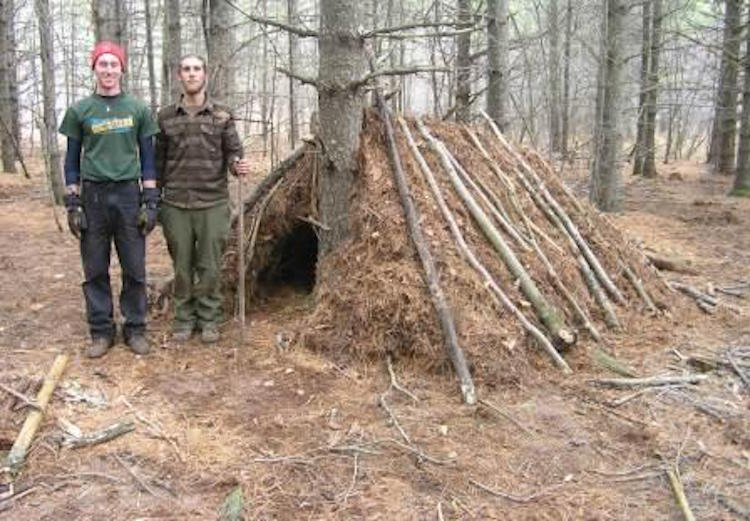 Basic Debris Pile shelter