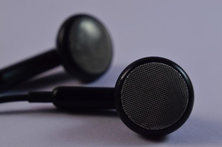 Best Bluetooth Earbuds Reviews