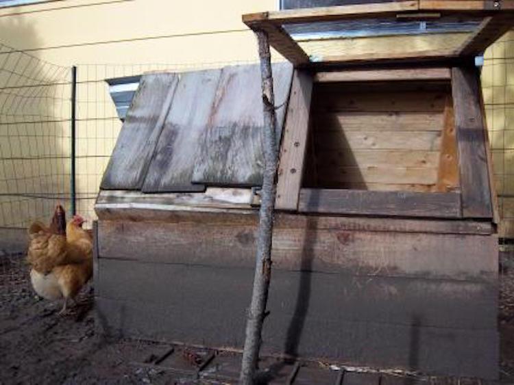 Simplistic Chicken Coop