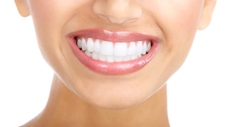 Whitening Teeth Naturally