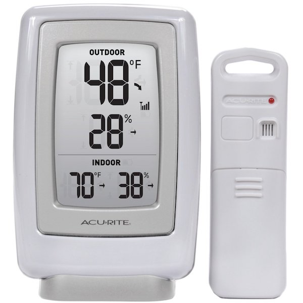 AcuRite 00611A3 Wireless Indoor/Outdoor Thermometer
