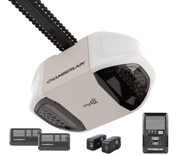 Chamberlain Group PD762EV 3/4-HP Heavy-Duty Premium Chain Drive Garage Door Opener