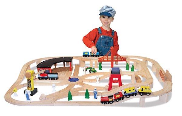 Melissa & Doug Deluxe Railway Set