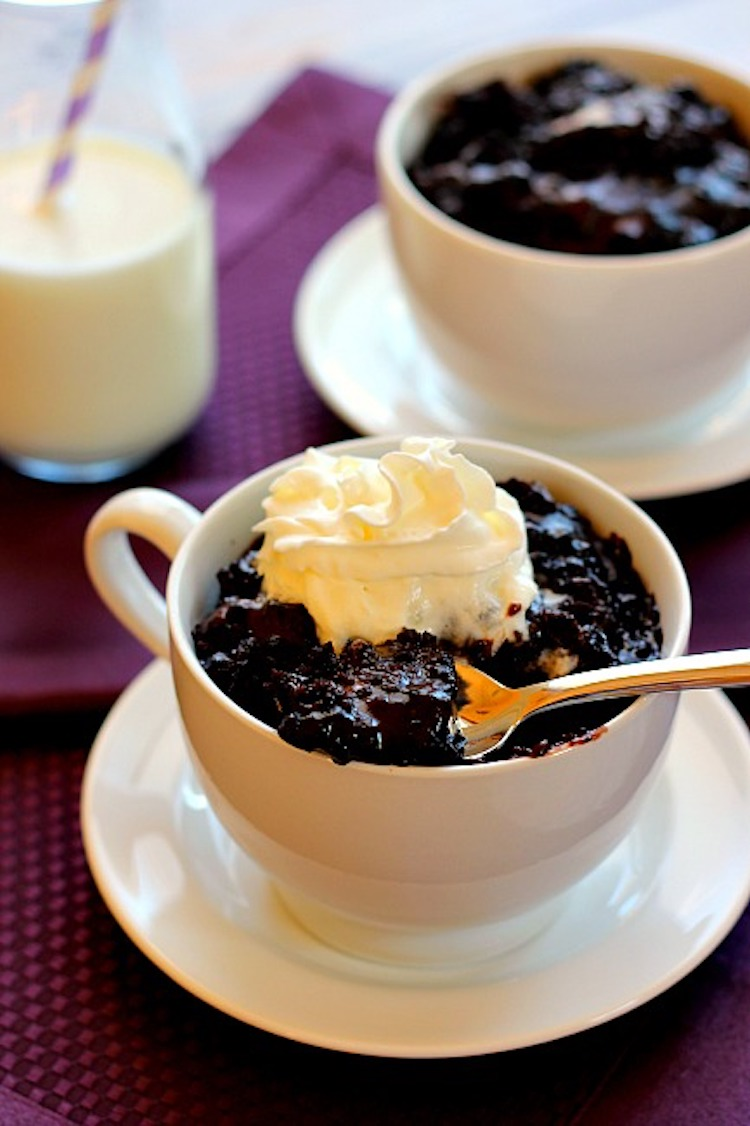 This Slow Cooker Chocolate Pudding Cake contains a rich, dark chocolate cake, layered on top of creamy chocolate pudding. | Ideahacks.com