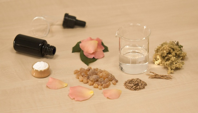 15 Ancient Healing Benefits For Frankincense Essential Oil