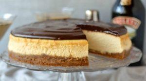 Baileys cheesecake with Baileys ganache