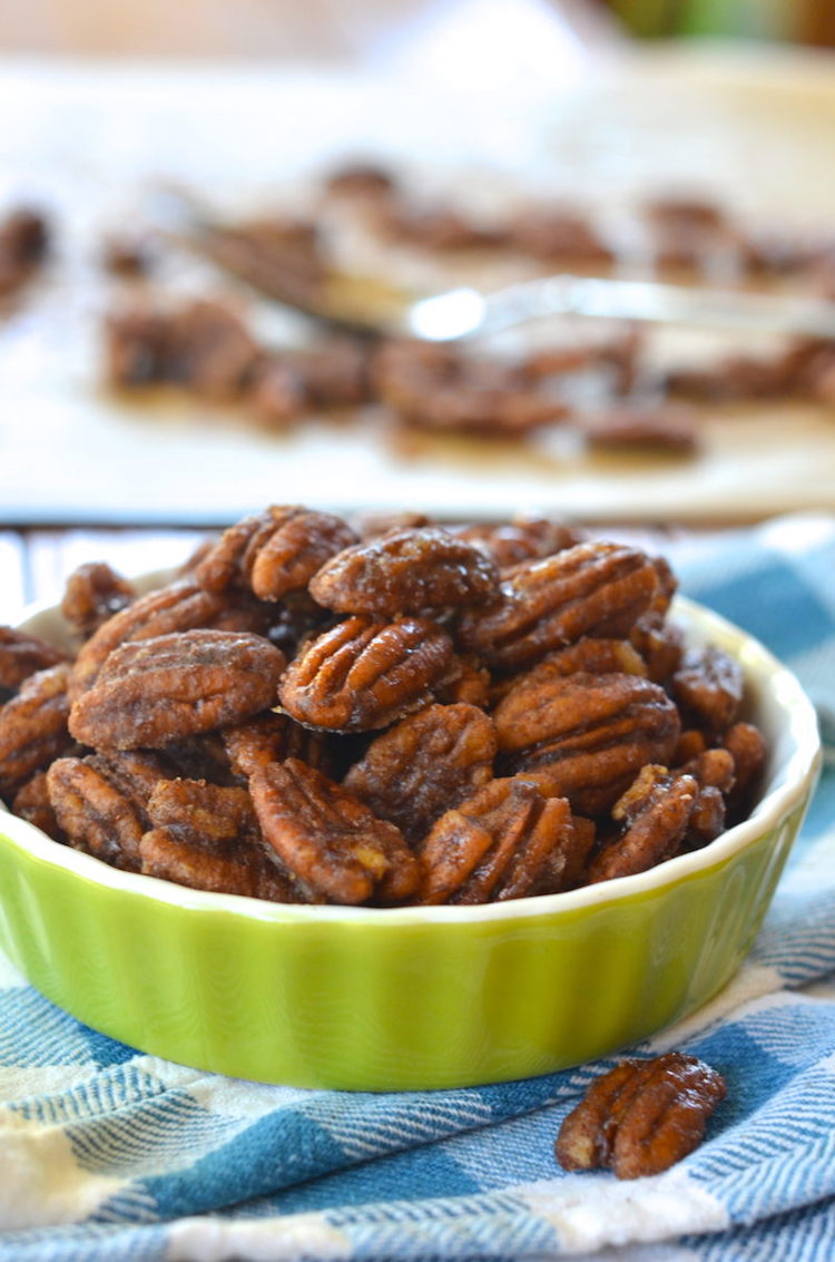 Candied Sea Salt Pecans - Forget about sugary sweets, let's all eat pecans. | Ideahacks.com
