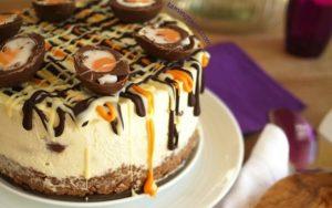 crème egg cheesecake