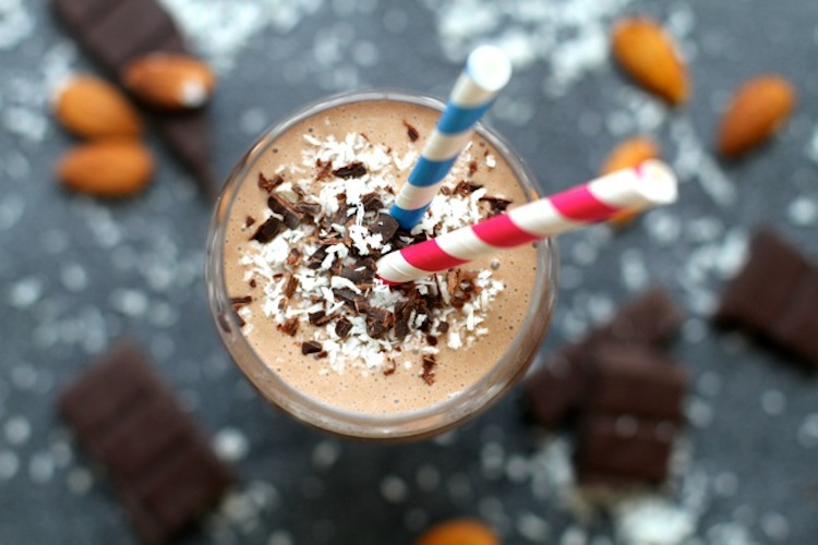 Almond Joy Cookie Dough Smoothie - With a base made up of bananas, oats, Greek yogurt, coconut milk, and cocoa powder, you can easily enjoy this for breakfast without starting your day off on the wrong foot. | Ideahacks.com
