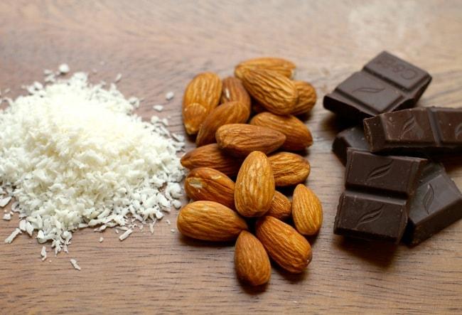 almond joy smoothie ingredients