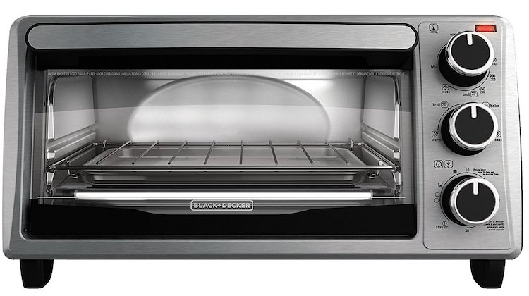 Black & Decker TO1303SB 4-Slice Toaster Oven