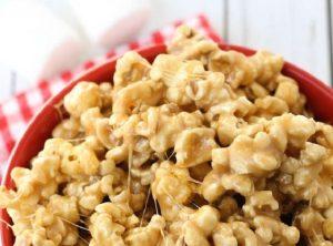 5-Minute Caramel Marshmallow Popcor