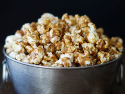 No-Bake Salted Caramel Popcorn - A quick and easy treat that will literally melt in your mouth. | Ideahacks.com