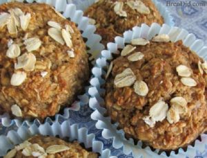 Healthy Oatmeal Muffins