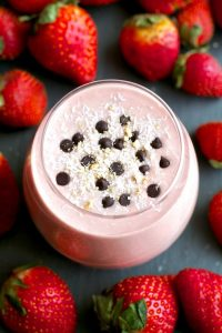 Strawberry Overnight Oatmeal Smoothie