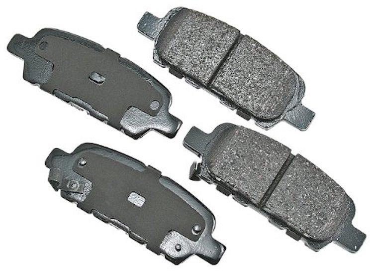 Akebono ACT905 ProACT Ultra-Premium Ceramic Brake Pad Set