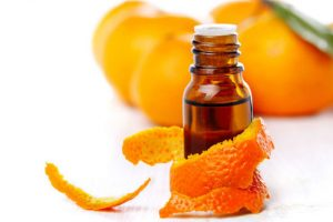 10 Reasons You Need To Try Mandarin Essential Oil