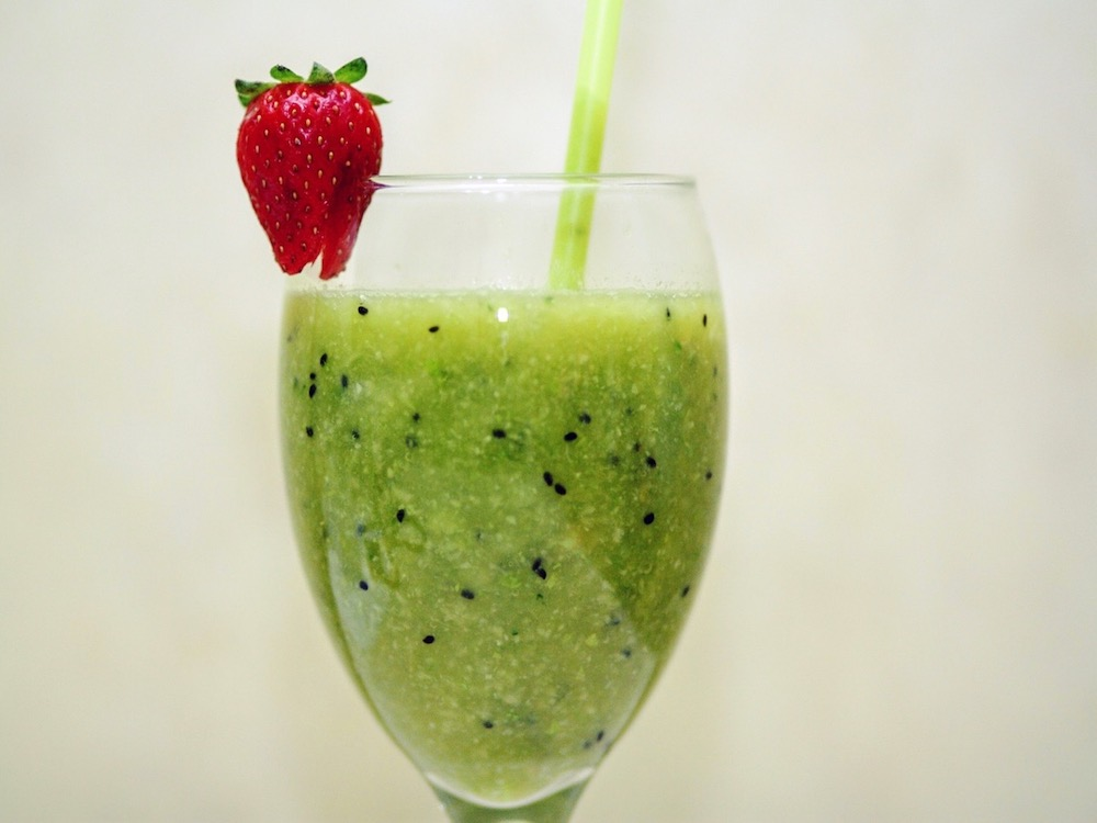 Green Juice Fruit Smoothie
