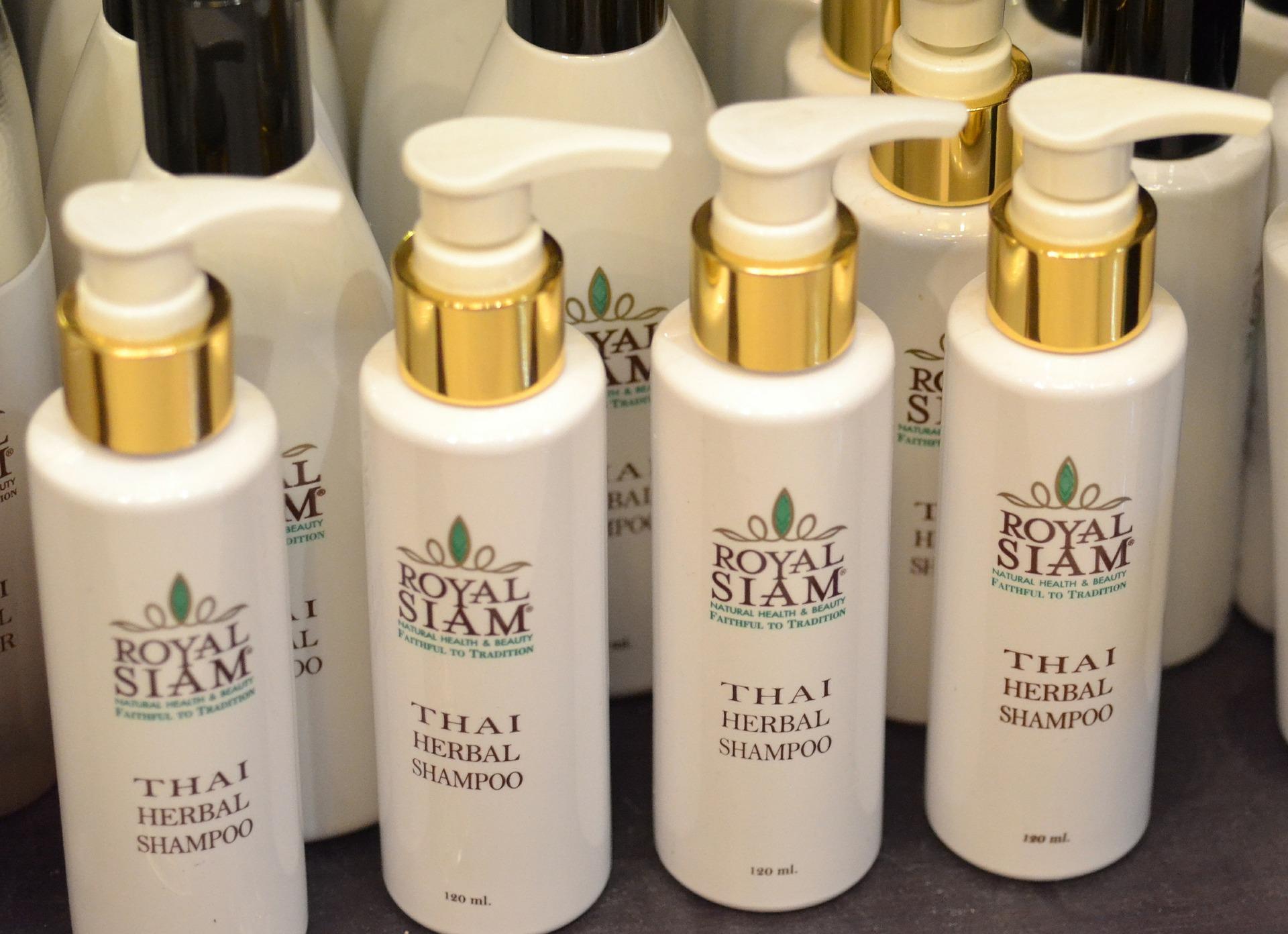 Thai Herbal Shampoo for Frizzy Hair