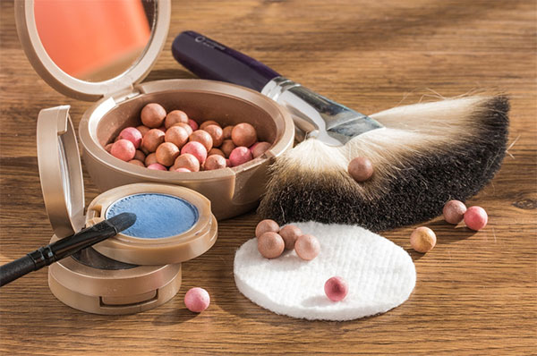 Makeup powder and balls