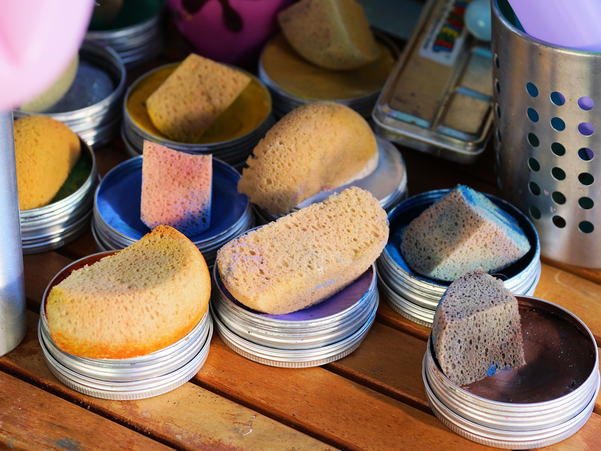 Makeup foundations and the best makeup sponges in different colors