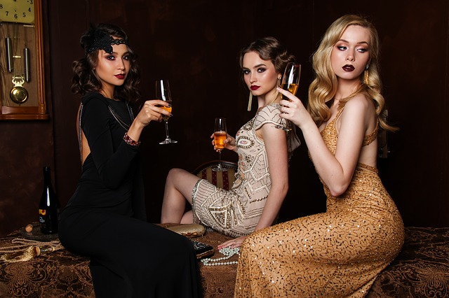 best beauty blogs three-women-fashion-hair-glamour