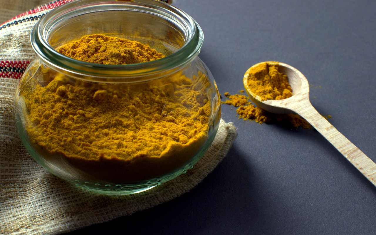 best turmeric supplement turmeric-manson-jar-spoon-food
