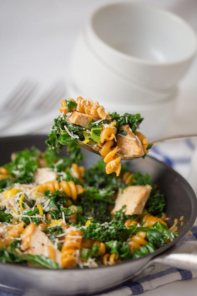 Garlic Chicken Pasta With Kale